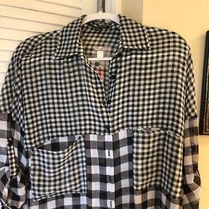 Black/white button down shirt